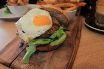 Classic Beef Burger 1