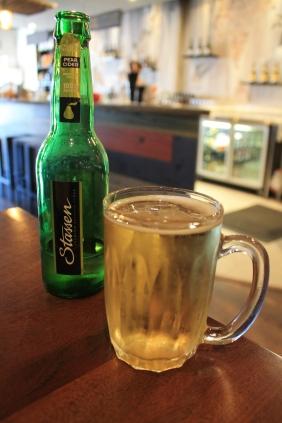 Stassen Pear Cider Front View