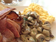 Zucchero Mushrooms in the Bacon Stack