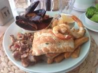 Trigg Island Seafood Plate (1)
