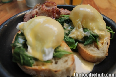 Eggs Florentine with Bacon 3