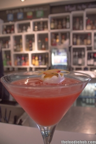 Kiwi Fruit Pavlova Martini 4