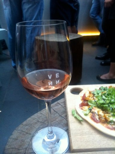 Rose & Pizza at Venn, King St Perth